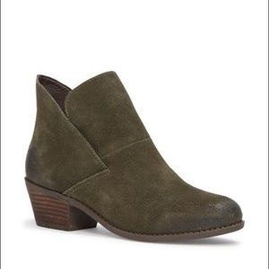 Nordstrom Zale Me Too Booties